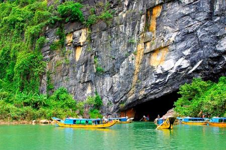 Khám phá động Phong Nha – Động Thiên Đường – Suối nước Mooc