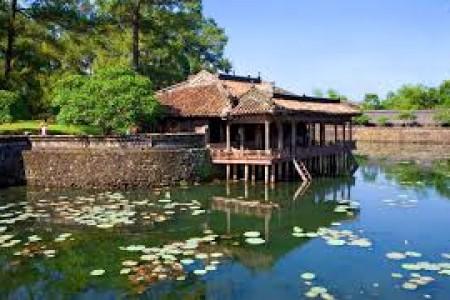 Du lịch Đà Nẵng – Huế – Quảng Bình – Đà Nẵng
