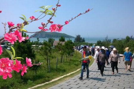 Tour Tết Quảng Bình – Cầu Phước An lành ( Đồng Hới – Động Thiên Đường – Hang Tám TNXP – Viếng mộ Đại tướng Võ Nguyên Giáp – Đền Công chúa Liễu Hạnh