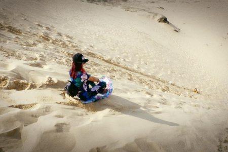 Tour Khám phá Hang Tối – Suối nước Mooc – Đồi cát Quang phú – biển Đá Nhảy