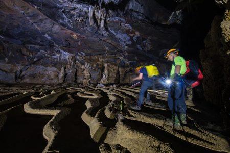 Hang động 5 triệu tuổi ít người biết ở Việt Nam