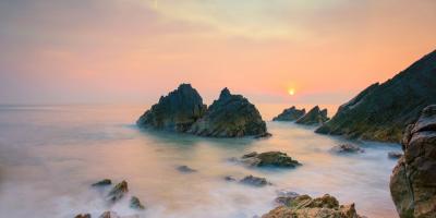 Biển Đá Nhảy – Bãi biển với tên gọi kỳ lạ.