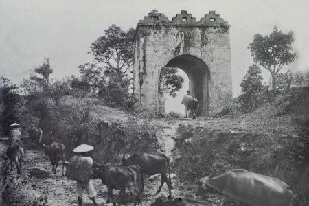 Lặng ngắm vẻ đẹp Đèo Ngang qua loạt ảnh trăm năm trước