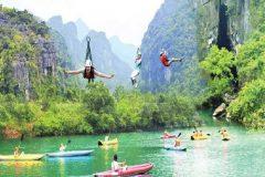Quảng Bình tạm dừng đón khách du lịch